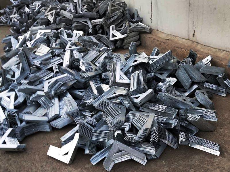 青海燃氣支架廠家直銷廠家_大量供應銷量好的天然氣管道固定支架