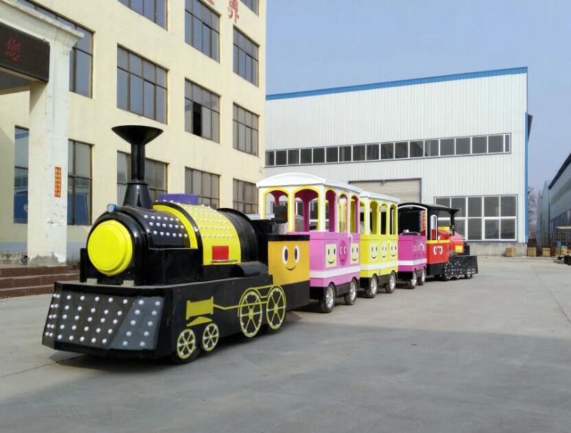 天津有轨小火车游乐设备-有轨小火车游乐设备上哪家买好