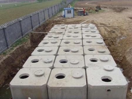 化黑熊王粪池制造商-辽宁优惠的化粪池供应