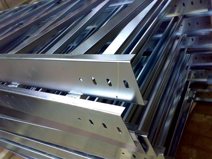 甘肃玻璃钢桥架厂家_兰州电缆桥架多少钱