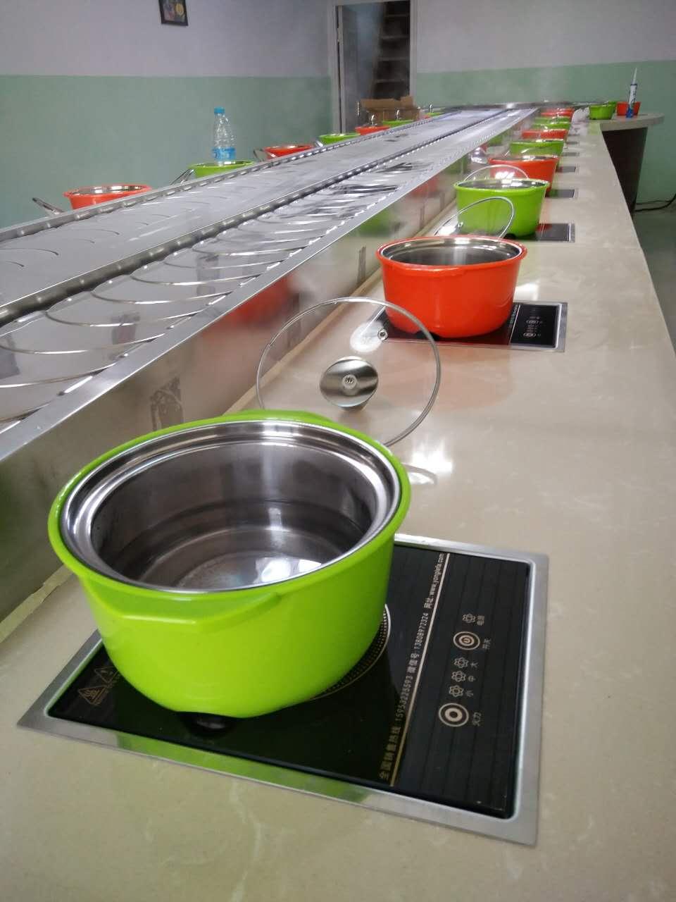 城陽拋售回轉火鍋設備-專業的旋轉火鍋設備供應商