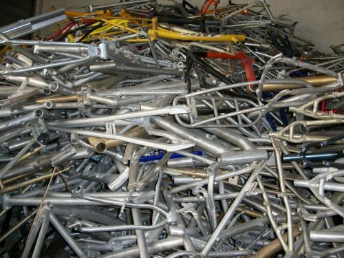 廢鋁價格|在哪能買到優惠的廢鋁