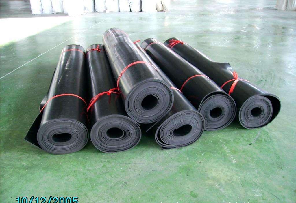 西安工业橡胶板价格-隆泰密封出售密封橡胶板