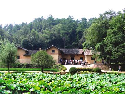 受欢迎的韶山旅游_要找靠谱的毛泽东故居优选竟然有一�N即�⒌顾�韶之美