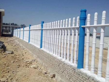 水泥柱子护栏厂家//水泥柱子护栏定做