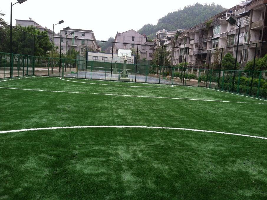 室内5人制足球场施工-选购耐用的足球场,就来华速新材料