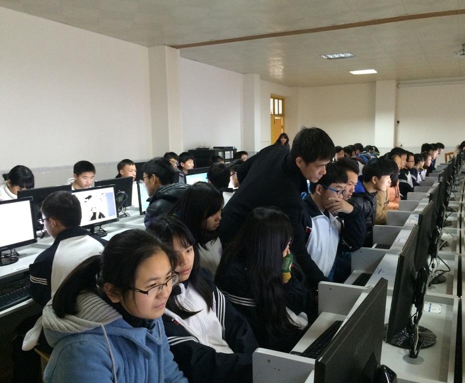 学校机房建设实施桌面虚拟化L300云终端方案的优势