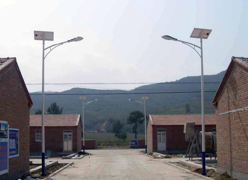 甘南太阳能路灯厂家|如何买品质好的兰州太阳能路灯