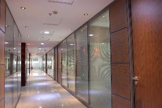 玻璃隔断设计_大量出售陕西新品西安玻璃隔断