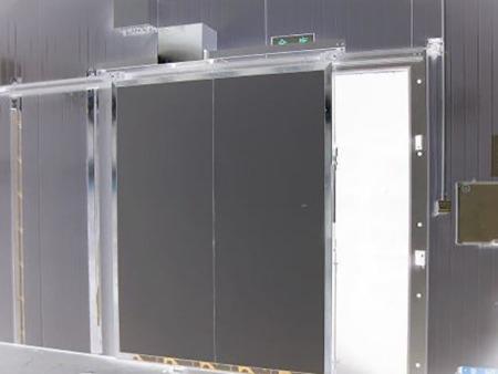 广东电动平移冷库门多少钱|口碑好的电动平移冷库门供应