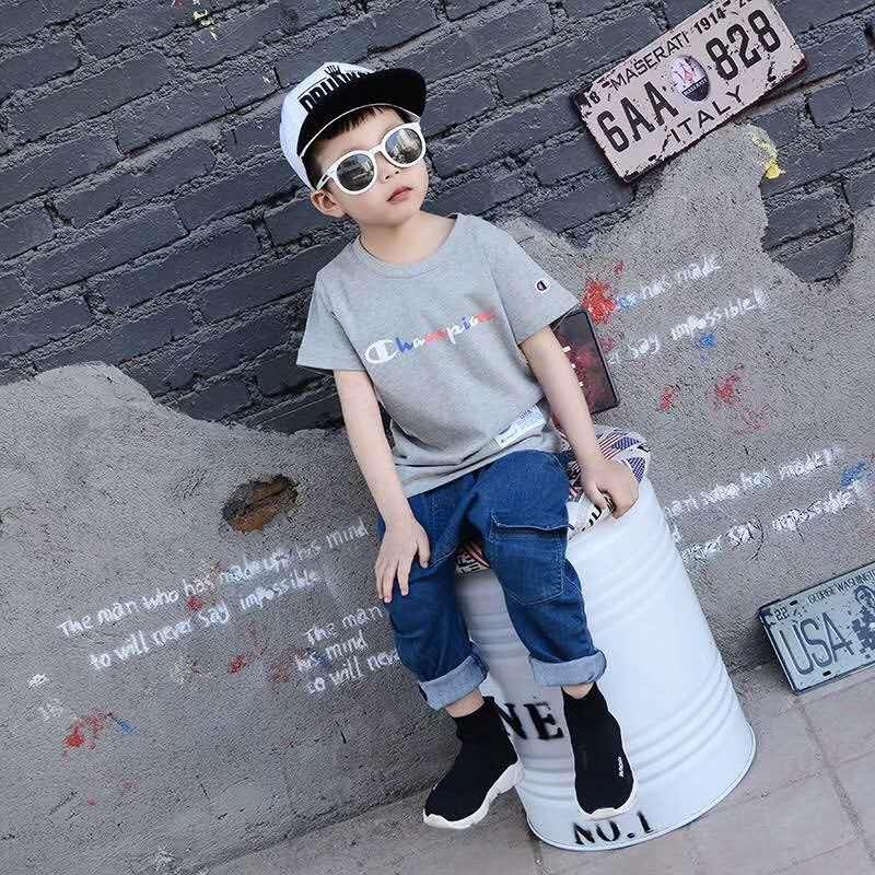青島城市原品童裝您的品質之選_即墨童裝零售價格