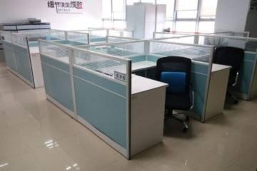 办公桌回收价格|河南可信赖的办公桌回收公司