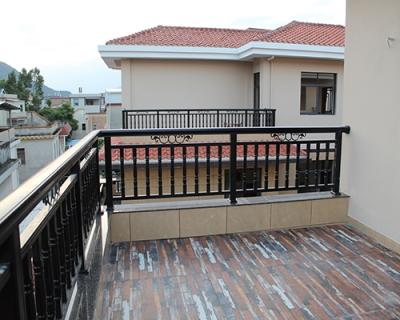 鋁合金樓梯護欄公司|漳州優良的鋁合金樓梯護欄出售