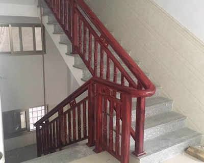 铝合金楼梯扶手价格|福建铝合金楼梯扶手厂家特色