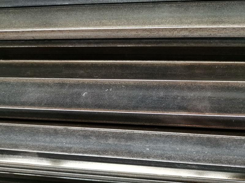 小扁钢厂商-质量硬的小扁钢推荐