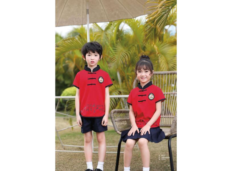 幼儿园园服批发什么牌子好_划算的幼儿园园服供应,就在酷奇仕服饰