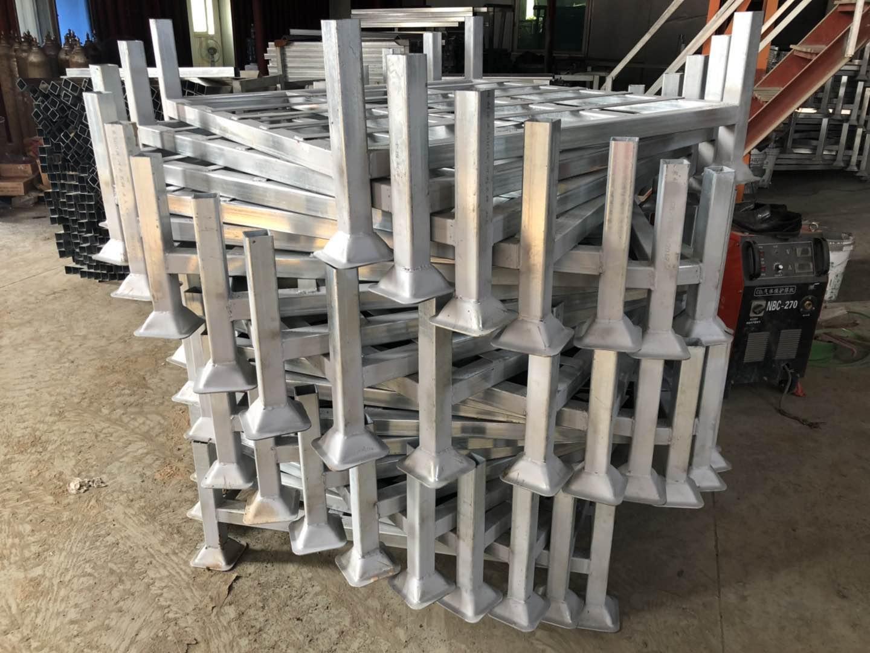 插管式堆垛架厂家-鑫重仓储-可靠的插管式堆垛架供应商