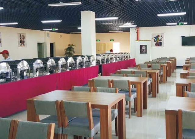 貴州學校飯堂承包|貴州哪家黔南民族師范學院食堂服務知名