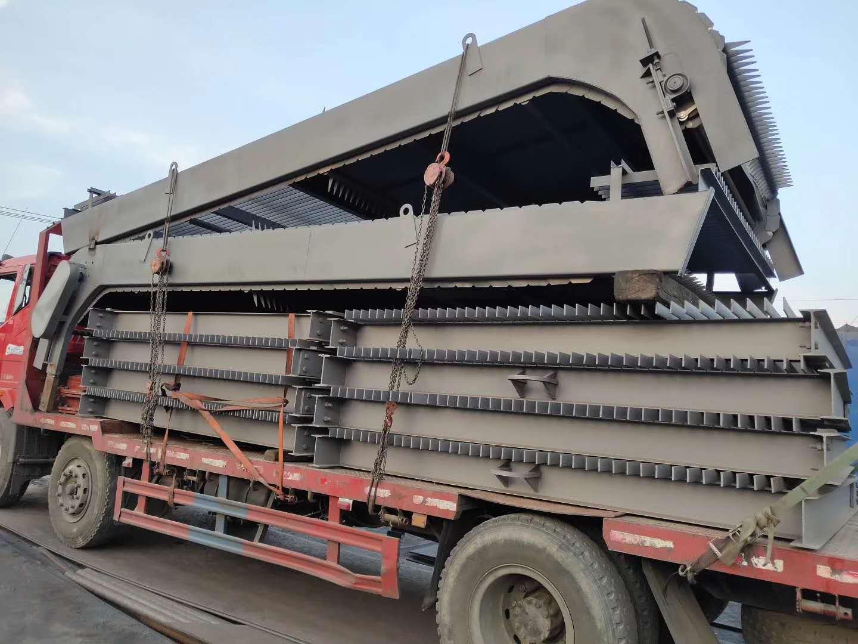 LWS型平面型钢制拦污栅