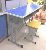 厂家批发西安生产课桌椅厂家|买实惠的钢木课桌椅当★选陕西朱雀公司