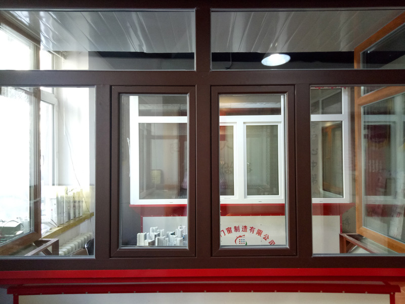 哈尔滨铝塑铝门窗安装-专业的哈尔滨保温阳台制作商