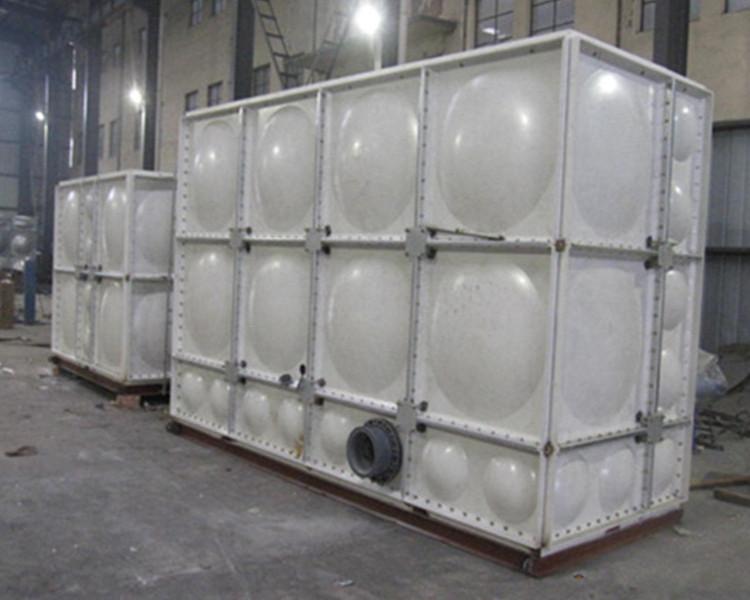 坚固的玻璃钢屋顶水箱 远博环保设备_玻璃钢屋顶水箱坚固耐用