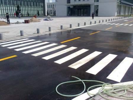 大连道路标线公司|哈尔滨专业道路标线供应
