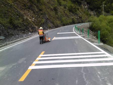 辽源马路标线工程施工-可信赖的哈尔滨标线工程推荐