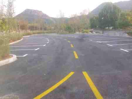 马路标线工程施工|找口碑好的哈尔滨标线工程就到哈尔滨路坤交通设施工程
