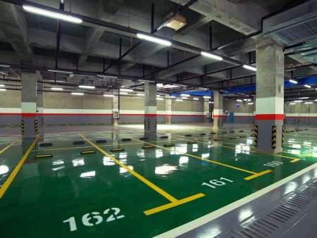 哈尔滨停车位:地下停车场车位那么多,车主们要怎么选择呢?