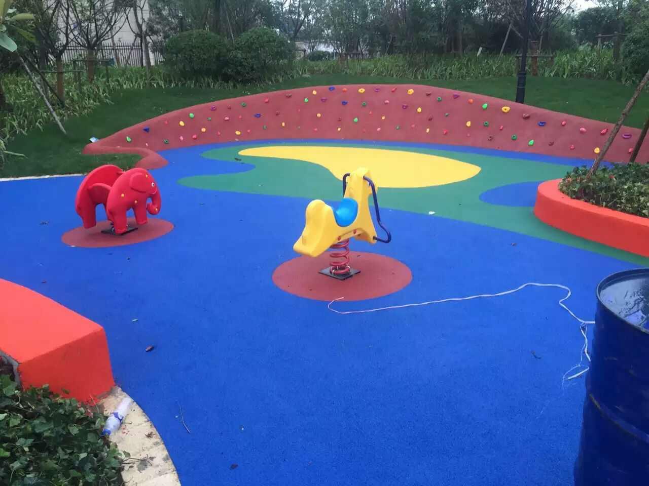 宁波塑胶场地-室外塑胶地板-环保塑胶场地