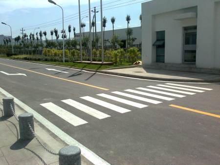 哈尔滨道路标线:热熔标线除旧线的方法
