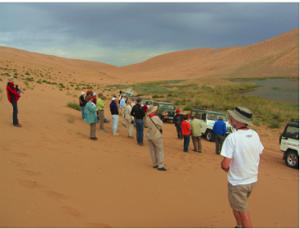 内蒙古沙漠骑行去哪找|内蒙古哪家阿拉善汽车冲浪旅游场所
