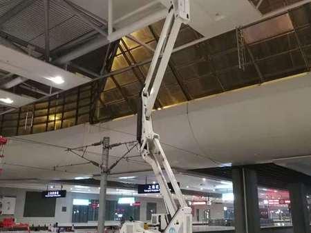 蜘蛛式高空作业平台维修-想买好用的蜘蛛式高空作业平台-就来翼顺机械设备租赁