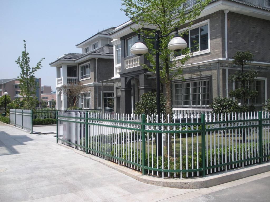 黑龙江道路护栏|黑龙江围墙护栏