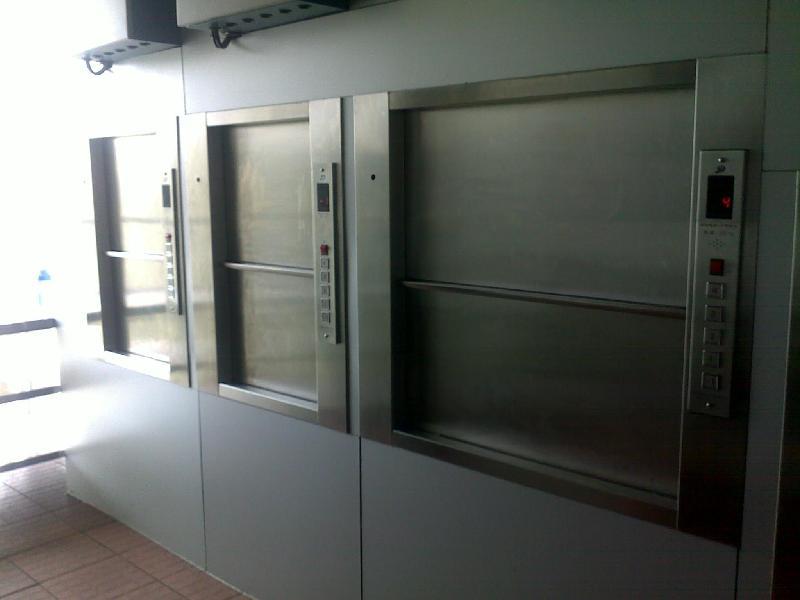 传菜梯安装_华工机械设备-口碑好的酒店传菜梯供货商