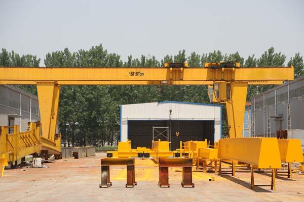 哈尔滨电动葫芦-大量供应价格划算的哈尔滨起重机
