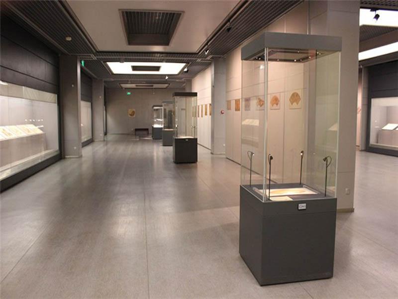 重庆博物馆电动展柜-博物馆电动展柜制作价格