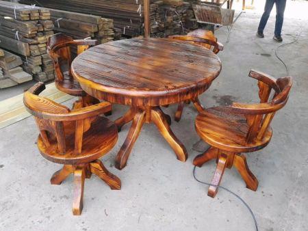 防腐木桌椅价格|沈阳鑫山林木制品经销处提供的防腐木桌椅怎么样