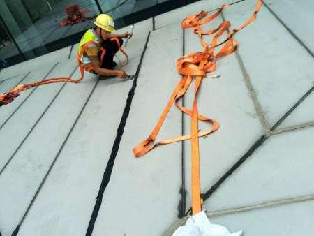房屋外墙渗漏怎么办 找有口碑的外墙渗漏维修,就来广州鑫海建筑幕墙工程