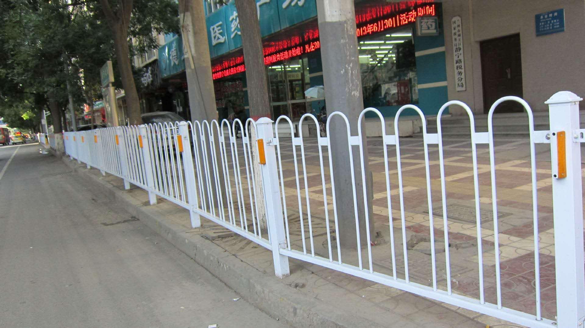 甘肃交通护栏价格-交通护栏订做找哪家