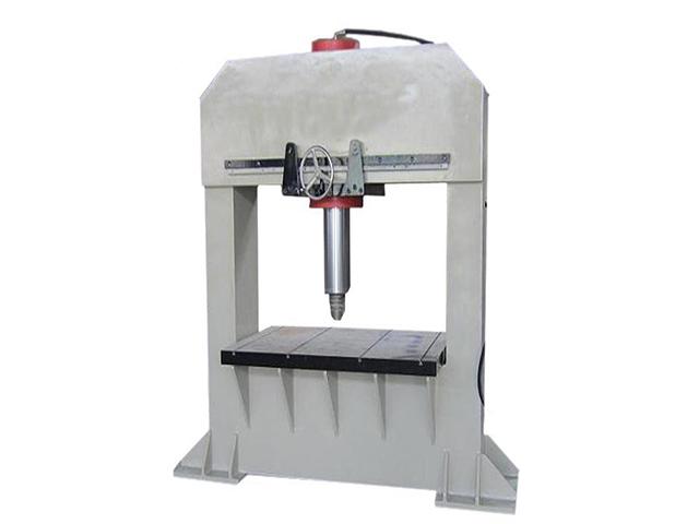 定制小吨位框架式油压机_低价促销欢迎咨询