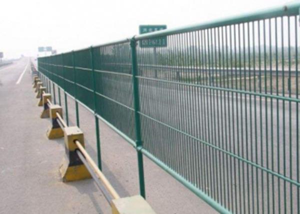 防眩网隔离栅_防眩网隔离栅价格_生产厂家河北精创玻璃钢