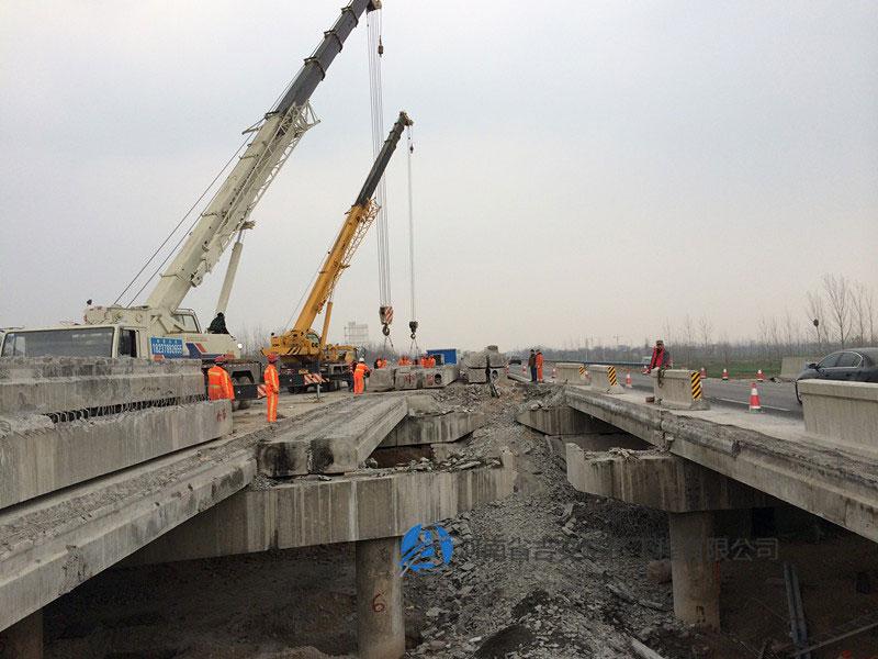 桥梁顶升施工
