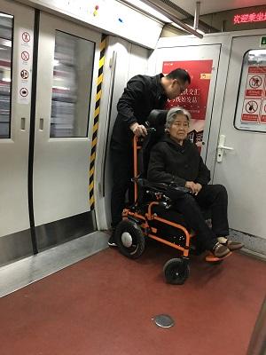 临朐爬楼轮椅租赁-山东专业的爬楼机哪里有供应