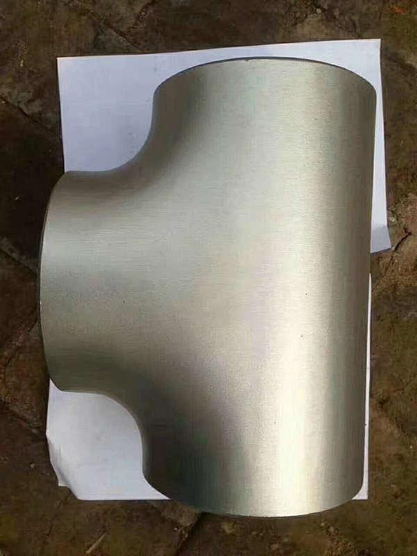标准国标不锈钢无缝厚壁三通