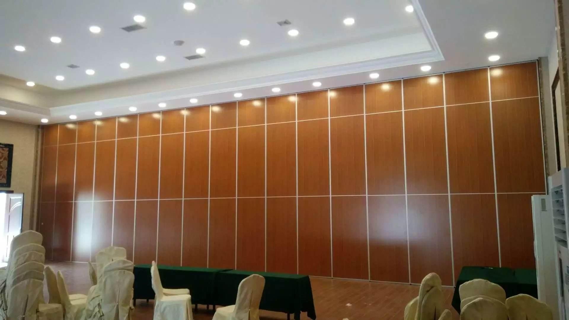 青岛活动隔音墙厂家 哪能买到厂家直销黄岛酒店饭店移动隔断墙呢