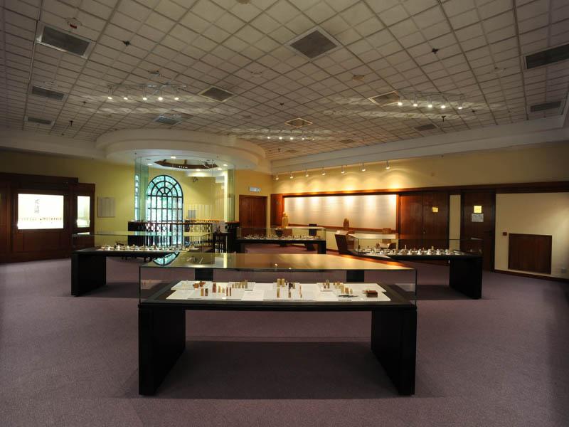 博物馆桌型展柜