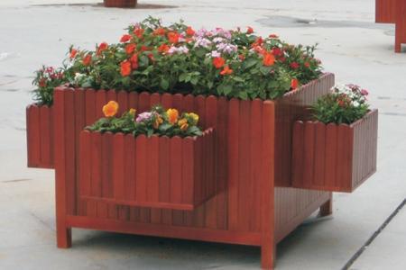 阿勒泰塑木花架生产厂家_推荐沃森永恒城市景观设施花箱花架