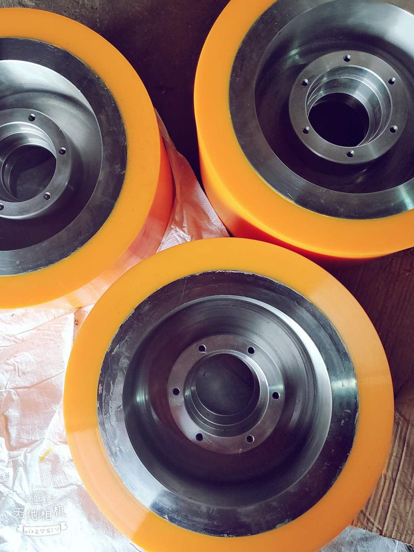 上海哪家聚氨酯包胶轮厂家可信赖,聚氨酯包胶轮批发